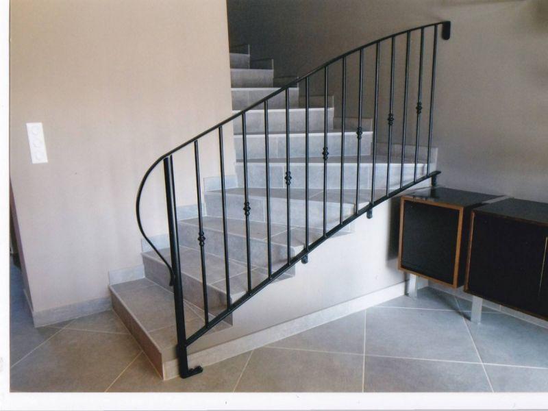 fabrication de main courante et garde corps interieur. Black Bedroom Furniture Sets. Home Design Ideas